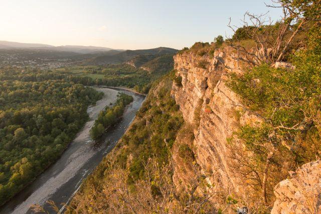 Vue sur l'Ardèche depuis l'oppidum de Jastres nord
